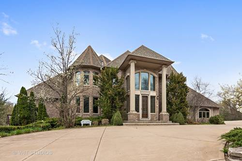 140 Century Oaks, North Barrington, IL 60010