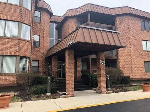 6425 Clarendon Hills Unit 114, Willowbrook, IL 60527