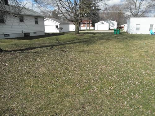 1517 N Raynor, Joliet, IL 60435
