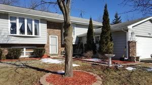 2494 Forest View, Lindenhurst, IL 60046