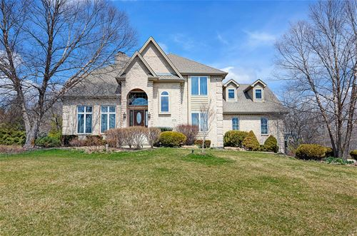 14715 Fox Hollow, Lemont, IL 60439