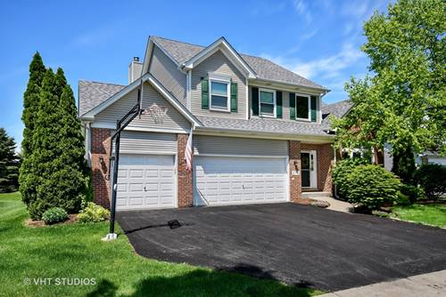 678 Chasewood, South Elgin, IL 60177