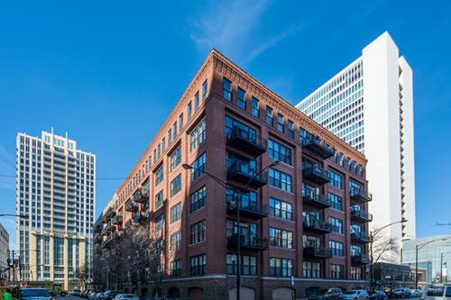 520 W Huron Unit 209, Chicago, IL 60654 River North