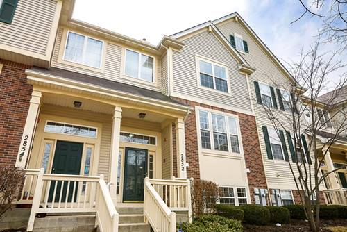 2852 N Greenwood, Arlington Heights, IL 60004