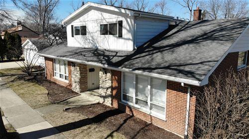 677 W Albert, Elmhurst, IL 60126