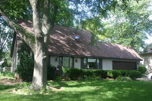 84 Surrey, Crystal Lake, IL 60014