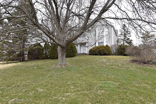 41W657 Holly, St. Charles, IL 60175