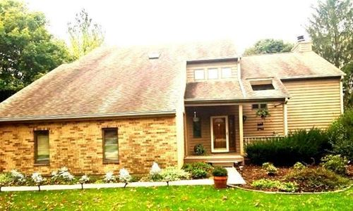 5N692 Forest Glen, St. Charles, IL 60175