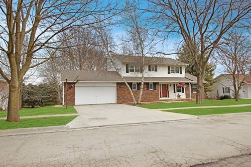 2210 Countryside, Freeport, IL 61032