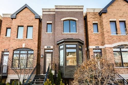 2622 N Paulina, Chicago, IL 60614 West Lincoln Park