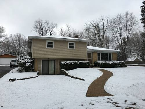 10 Woodland, Lake In The Hills, IL 60156