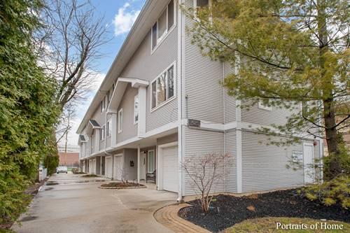 425 S Harvey Unit C, Oak Park, IL 60302