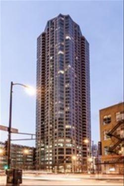 400 N La Salle Unit 4001, Chicago, IL 60654 River North