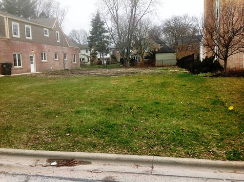 634 S Burton, Arlington Heights, IL 60004