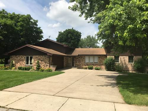 905 Macgregor, Lockport, IL 60441