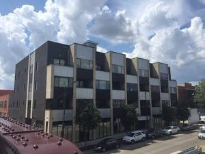 2410 W Bloomingdale Unit 3A, Chicago, IL 60647