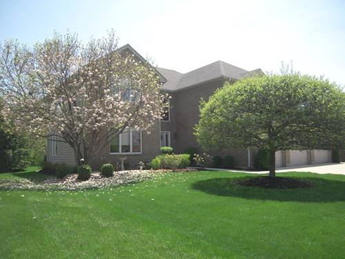 665 Red Maple, Roselle, IL 60172