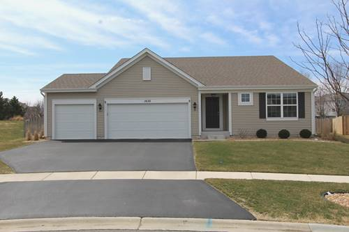 1635 Lake Bluff, Pingree Grove, IL 60140