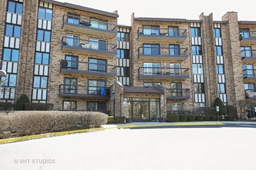 501 Lake Hinsdale Unit 212, Willowbrook, IL 60527