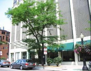2 E Oak Unit 2704, Chicago, IL 60611 Gold Coast