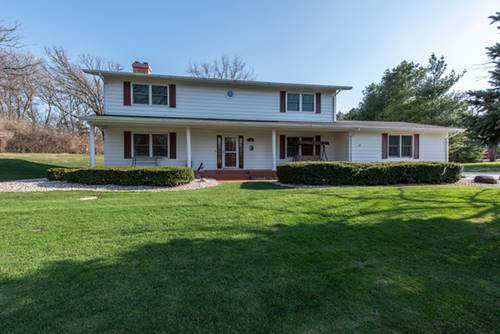 3501 Sherwood Forest, Spring Grove, IL 60081