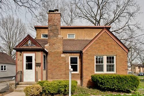 25 N Seebert, Cary, IL 60013