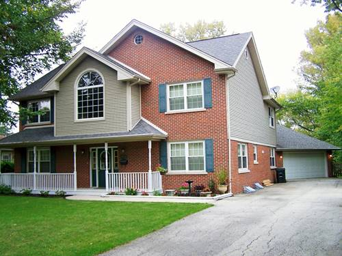 2422 Central, Glenview, IL 60025