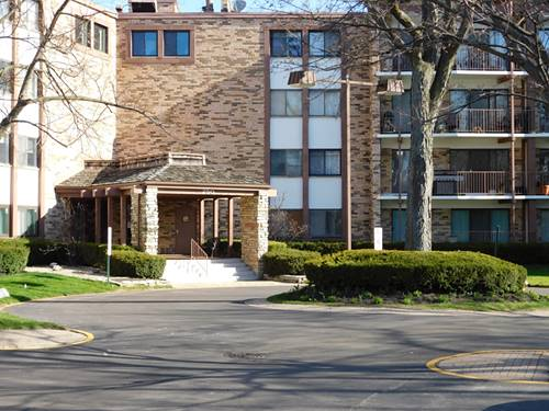 250 W Parliament Unit 202, Mount Prospect, IL 60056