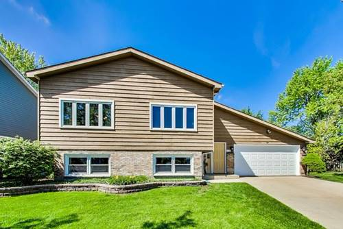 8 Portside, Third Lake, IL 60030