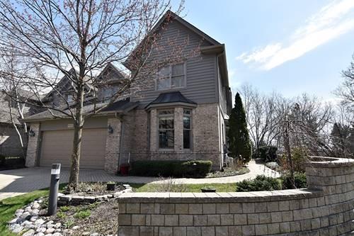 905 Oak Crest, St. Charles, IL 60175