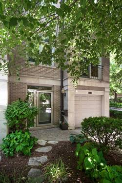 2725 N Janssen, Chicago, IL 60614 West Lincoln Park
