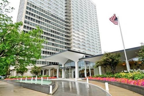3550 N Lake Shore Unit 1319, Chicago, IL 60657 Lakeview