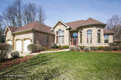 700 Castlewood, Streamwood, IL 60107