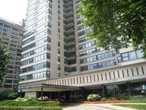 3440 N Lake Shore Unit 8F, Chicago, IL 60657 Lakeview