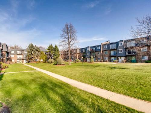 9413 Bay Colony Unit 2S, Des Plaines, IL 60016
