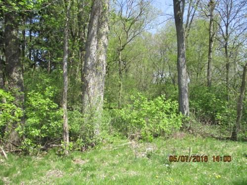 99XX Queen Oaks, Machesney Park, IL 61115
