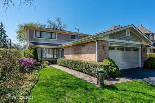 207 Lockerbie, Wilmette, IL 60091