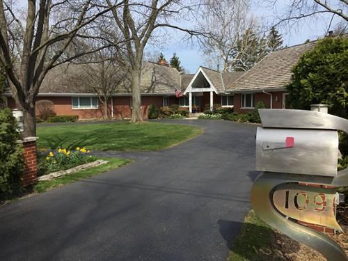 109 Sunset Ridge, Northfield, IL 60093