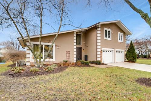 705 Buttonwood, Naperville, IL 60540