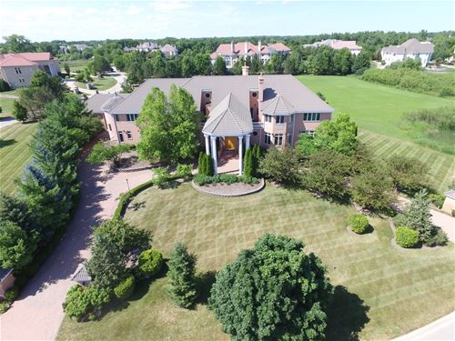 2 Blossom, South Barrington, IL 60010