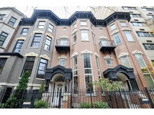 26 E Division, Chicago, IL 60610 Gold Coast