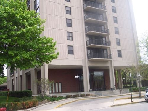 2605 S Indiana Unit 709, Chicago, IL 60616