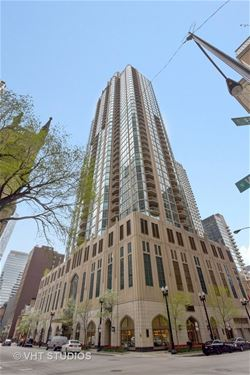 21 E Huron Unit 1301, Chicago, IL 60611 River North