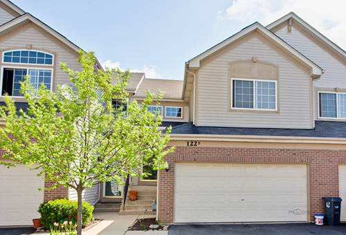 122 Southwicke Unit B, Streamwood, IL 60107