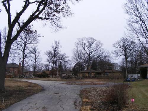 225 Wood Dale, Addison, IL 60101
