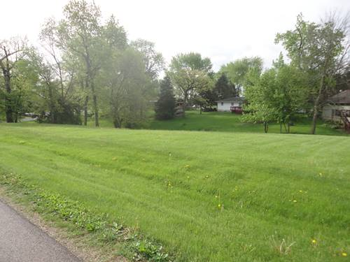 326 Maryann, Lake Holiday, IL 60552