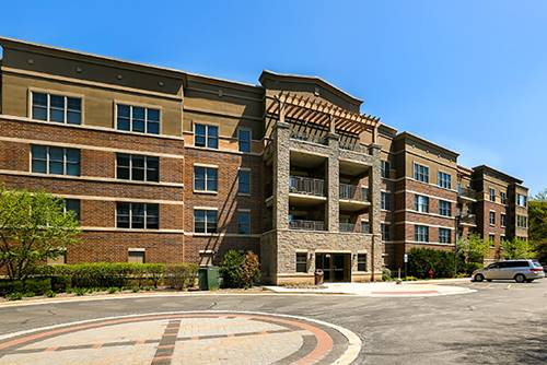 105 Lakeview Unit 205, Bloomingdale, IL 60108