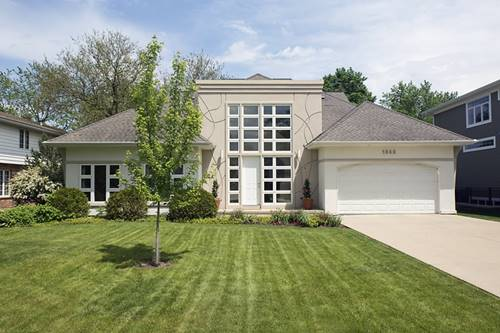 1649 Central, Northbrook, IL 60062