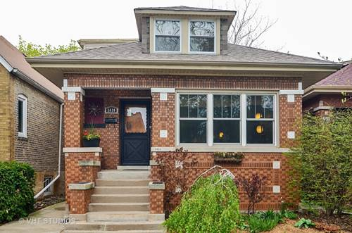 5830 N Washtenaw, Chicago, IL 60659