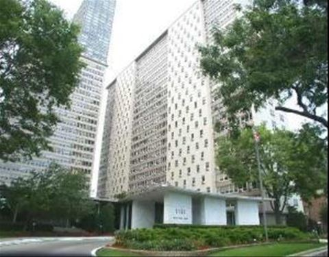 3950 N Lake Shore Unit 1423D, Chicago, IL 60613